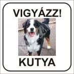 Vigyázz kutya felirat